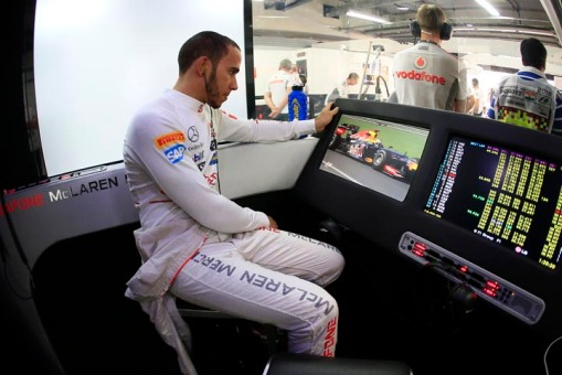 Hamilton em sua antiga casa, a McLaren