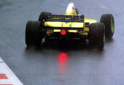 Pedro Paulo Diniz na pista molhada de Spa-Francorchamps