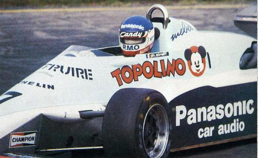"Philippe Streiff e o carro ""Mickey Mouse"" da AGS em 1983"