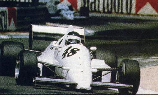 O velho Richard Dallest, que ainda fez milagre com o JH20 no GP de Pau da Fórmula 3000 em 1986