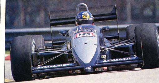 Uma rara foto de Philippe Streiff na pré-temporada de 1989