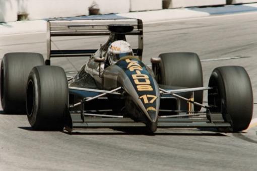 Tarquini fazendo a última corrida da AGS negra, em Adelaide