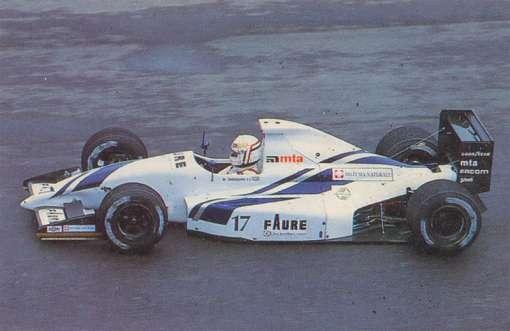 Tarquini se esforçou um bocado em Interlagos, conseguiu lugar no grid de largada, mas tanto suor não serviu para nada