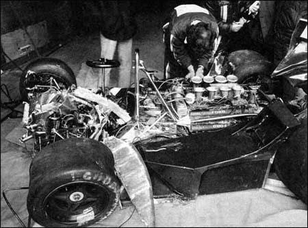 O carro pouco destruído de David Purley