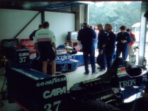 O clima na equipe Onyx andava meio sombrio naquele outono de 1989