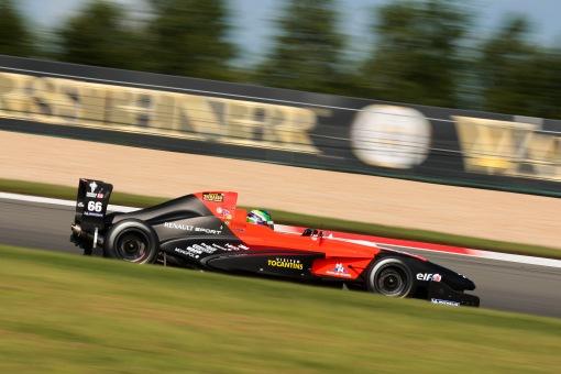 Felipe Fraga na Fórmula Renault em 2012. Seus dias nos monopostos foram bons, mas poucos