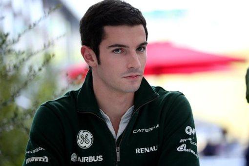É, Rossi... Quem te viu, quem te vê, hein?