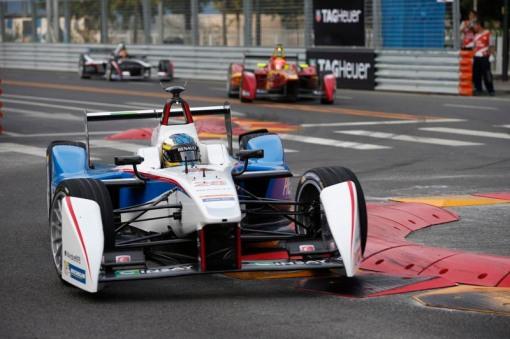 Charles Pic com um carro da Andretti na Fórmula E: ele é um dos vários ex-pilotos de Fórmula 1 que estão olhando com carinho para a Indy